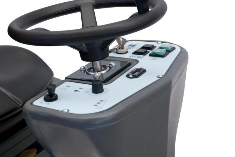 Поломоечная машина TSM GRANDE BRIO RIDE ON 115-750 (аккумуляторная)